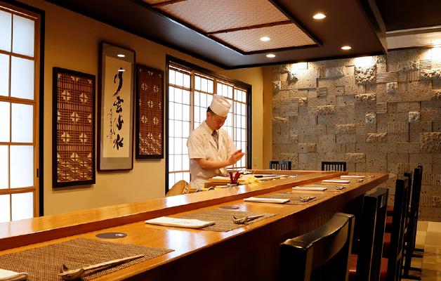すし割烹 蘭亭上質な空間で最高級のお寿司とお料理をお楽しみ下さいませ。