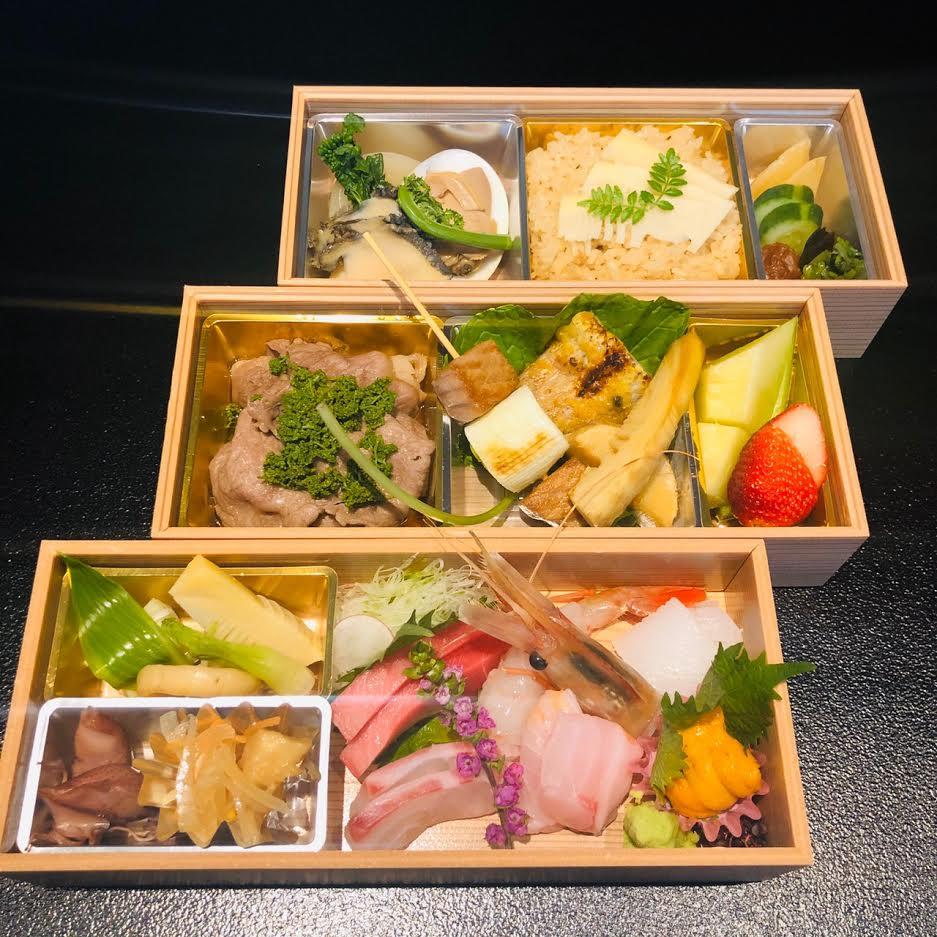 【ごちそう和膳】-take out-<p>みつわのコースをお持ち帰り仕様でご用意いたします。 季節のお料理を、炊込ご飯・お吸物とともに お召し上がりくださいませ。</p>