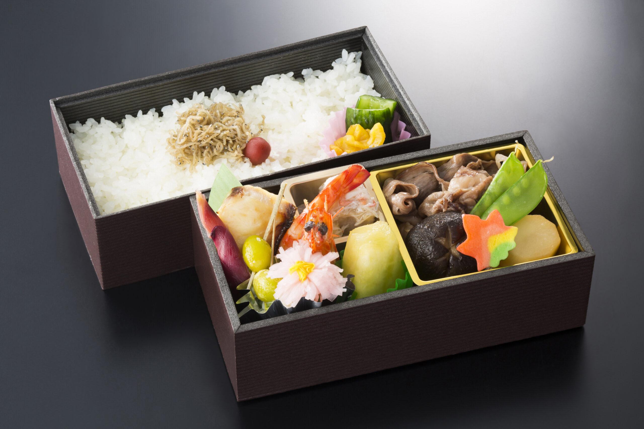 【おまかせ弁当】2,160円/炊込ご飯 2,700円