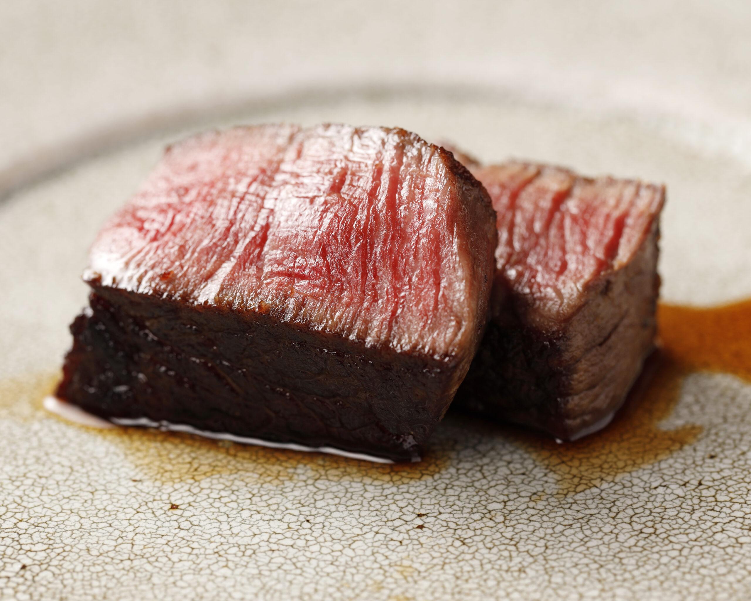 昼の部【茜】<p>旬野菜と季節のお造り、 主菜はとちぎ和牛ヒレステーキをご用意いたします。 多彩な味覚を少しずつ楽しめるコースです。</p>