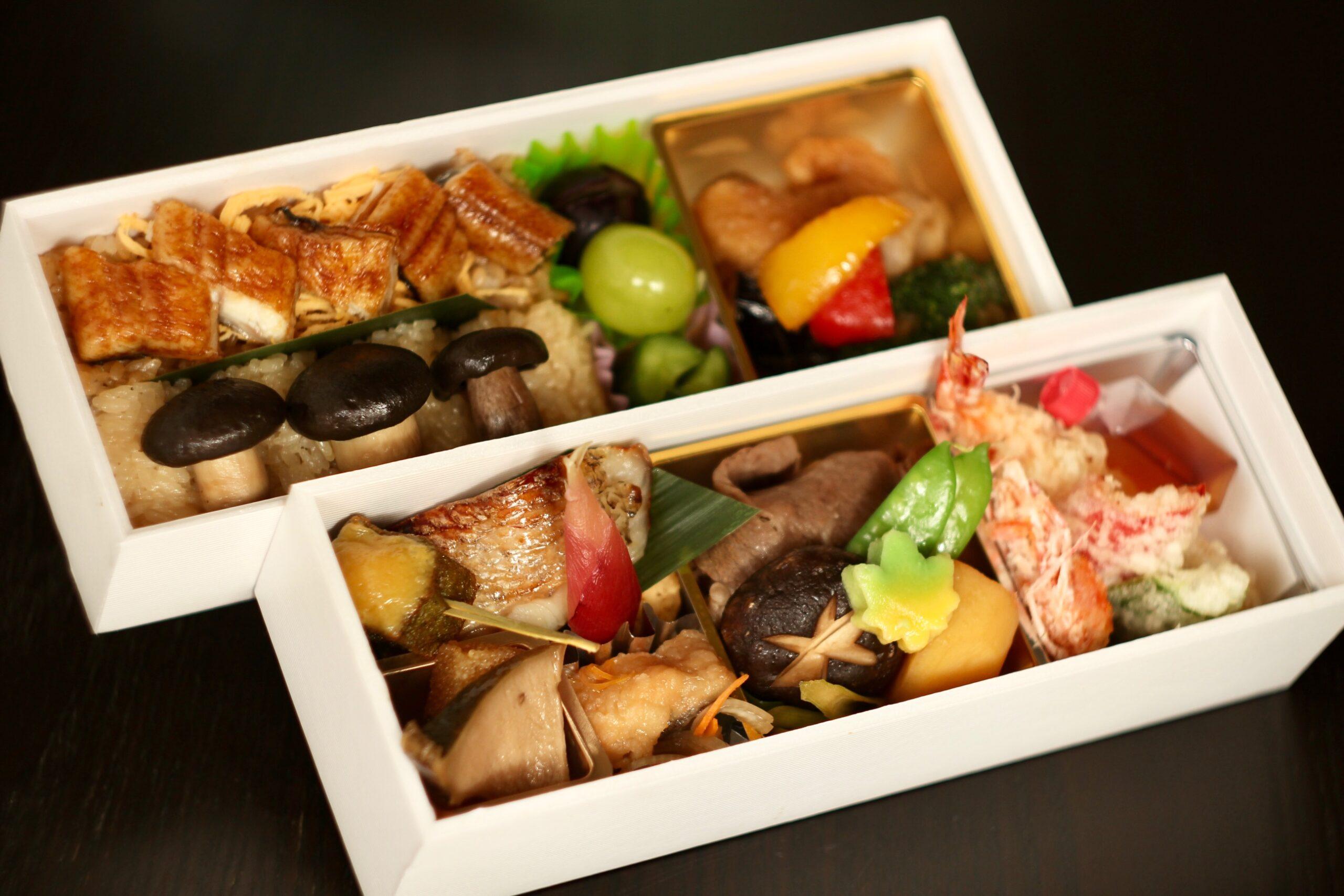 【みつわ弁当】5,400円/7,560円<p>とちぎ和牛・旬魚西京焼と季節の品々を詰めた御弁当です。 (季節により内容は異なります。)</p>